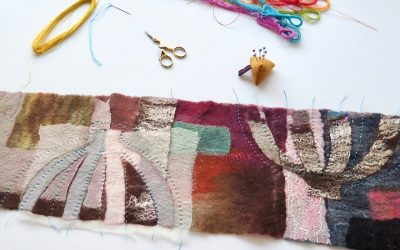 Textila bilder – filt, fibrer och stygn